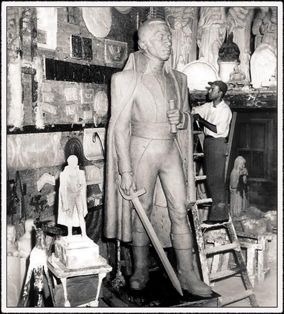 Barthe, Toussaint L Ouverture monument