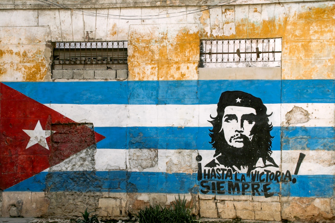 dreaming in cuban chapter summary