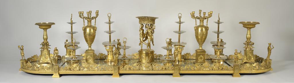 Golden table centerpiece.
