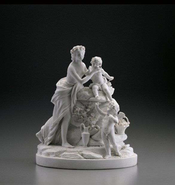 Porcelain statue of Venus and two cupids.