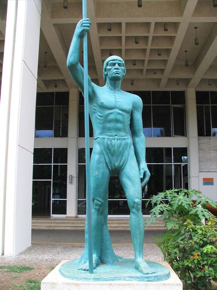 Enriquillo_Statue_Santo_Domingo